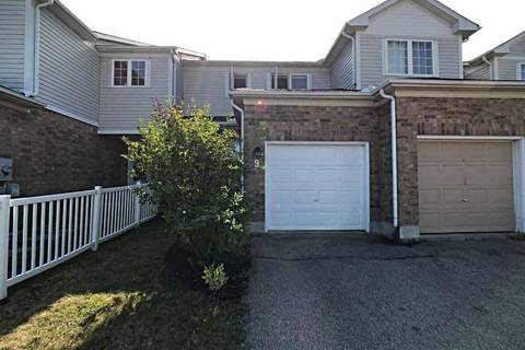 Townhouse for sale at 9 Pickett Cres Barrie Ontario - MLS: S4561331