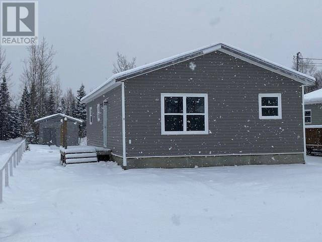 House for sale at 9 Pleasant Ave Happy Valley - Goose Bay Newfoundland - MLS: 1207185