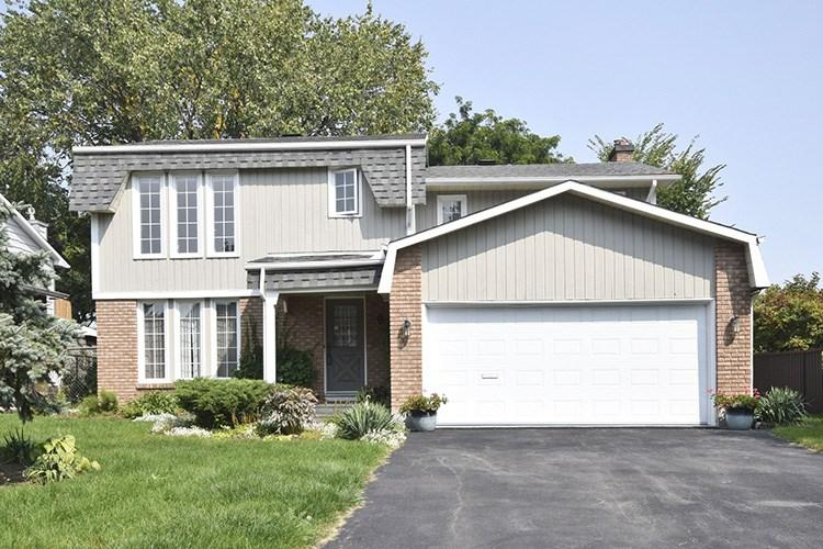 For Sale: 9 Rich Little Drive, Ottawa, ON | 4 Bed, 3 Bath House for $609,900. See 30 photos!