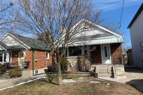 House for rent at 9 Roblin  Main Level Ave Toronto Ontario - MLS: E4774039