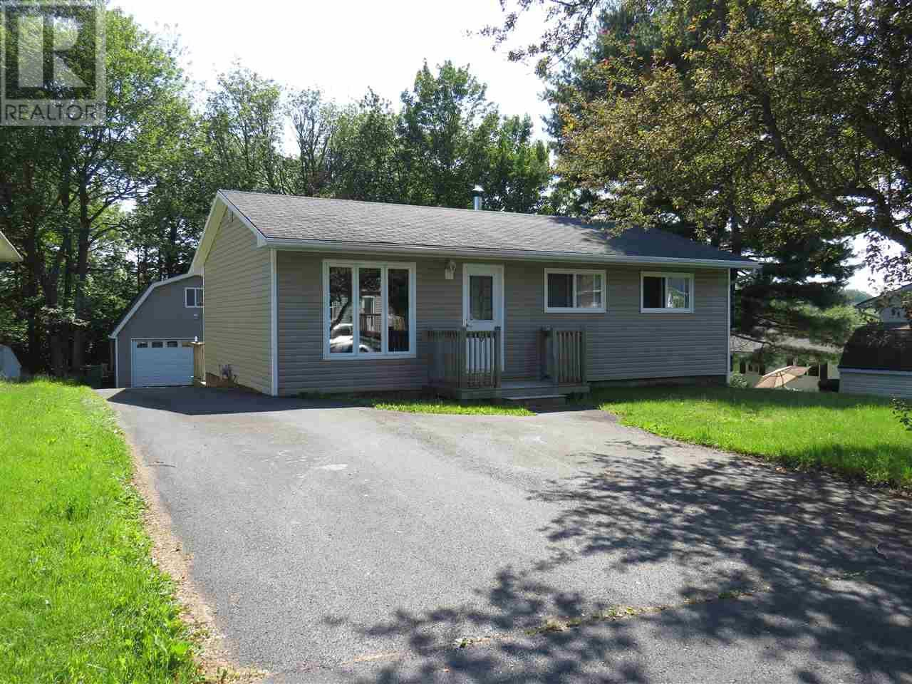 House for sale at 9 Rogers Dr Lower Sackville Nova Scotia - MLS: 201916319