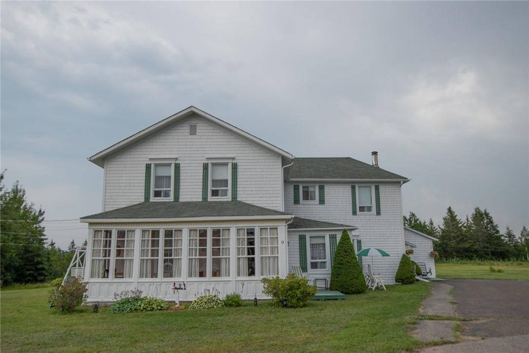 House for sale at  9 Rue Caraquet New Brunswick - MLS: NB030521