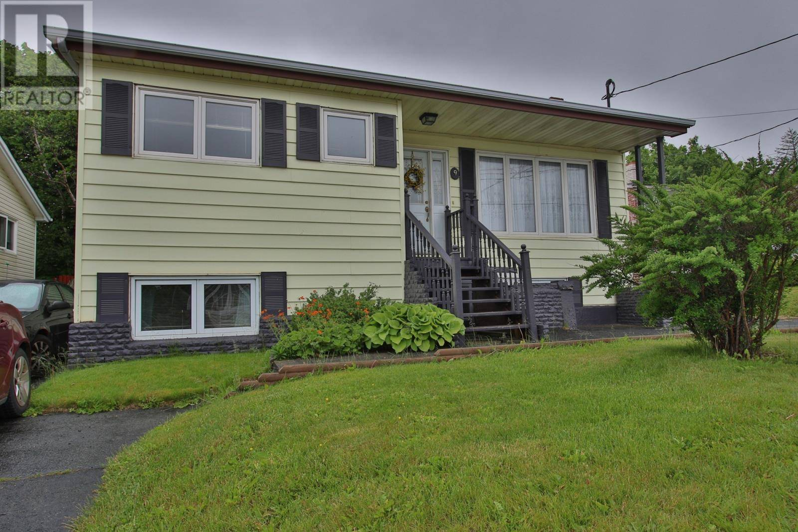 House for sale at 9 Ruth Ave Mount Pearl Newfoundland - MLS: 1211341
