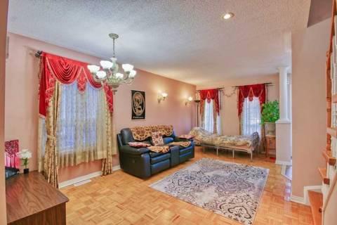 Townhouse for sale at 9 Saintsbury Cres Brampton Ontario - MLS: W4698630