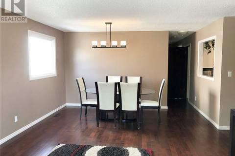 House for sale at 9 Sunset Dr N Yorkton Saskatchewan - MLS: SK804004