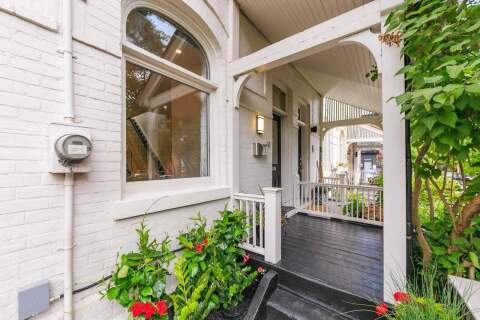 Townhouse for sale at 9 Tacoma Ave Toronto Ontario - MLS: C4807680