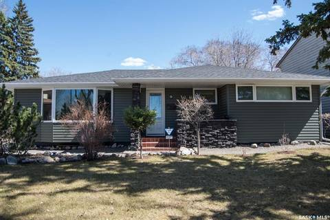 House for sale at 9 Turgeon Cres Regina Saskatchewan - MLS: SK770512