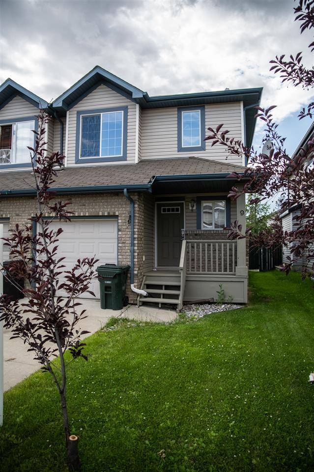 Townhouse for sale at 9 Vernon St Spruce Grove Alberta - MLS: E4168359