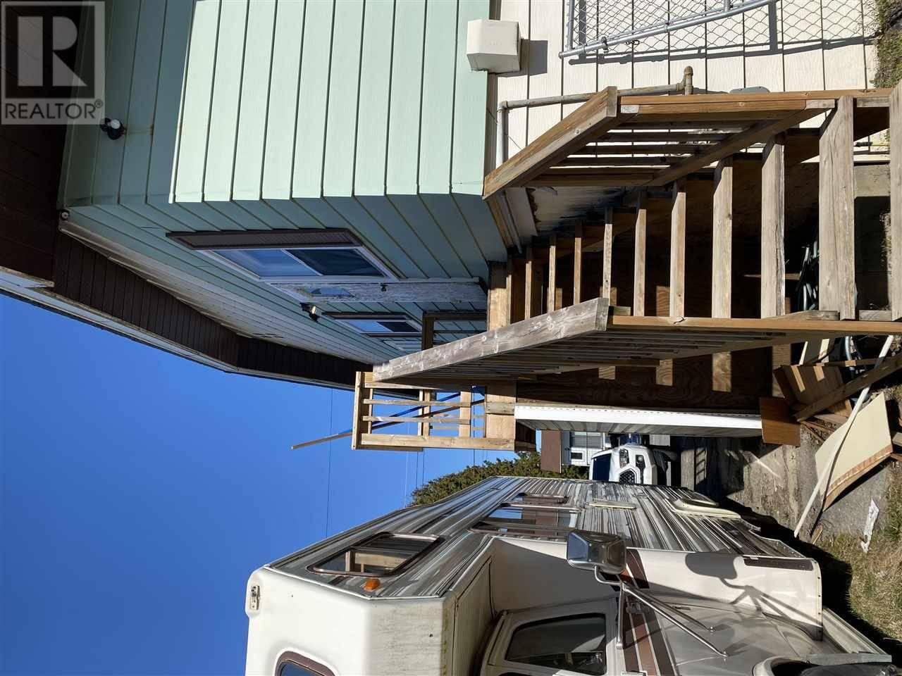 Townhouse for sale at 9 Widgeon St Kitimat British Columbia - MLS: R2450381