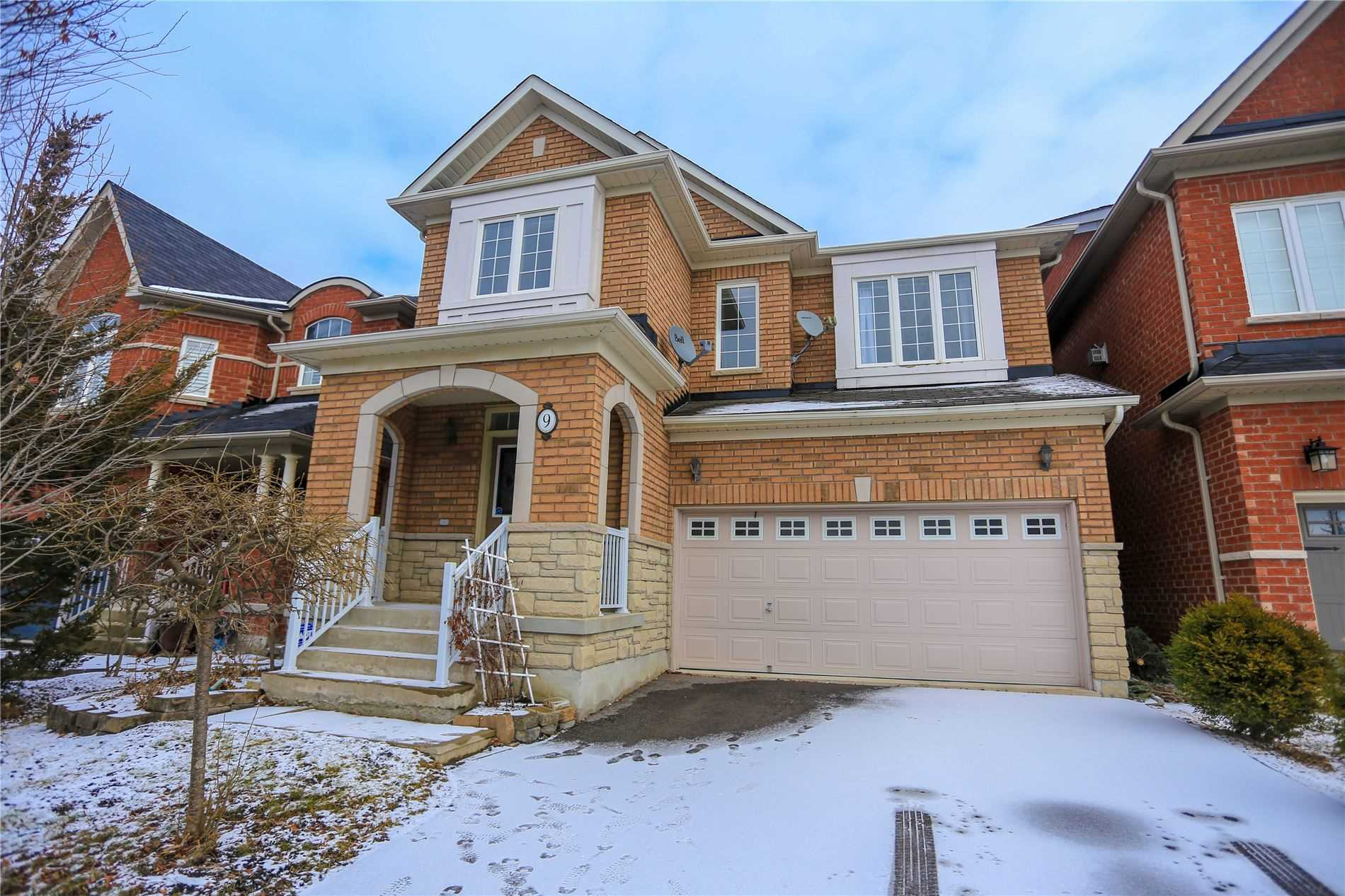 For Rent: 9 Zokol Drive, Aurora, ON | 4 Bed, 3 Bath House for $2700.00. See 20 photos!