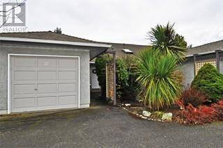 Townhouse for sale at 2135 Amelia Ave Unit 90 Sidney British Columbia - MLS: 419332