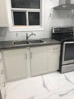 House for rent at 90 Flamborough Dr Toronto Ontario - MLS: W4719770