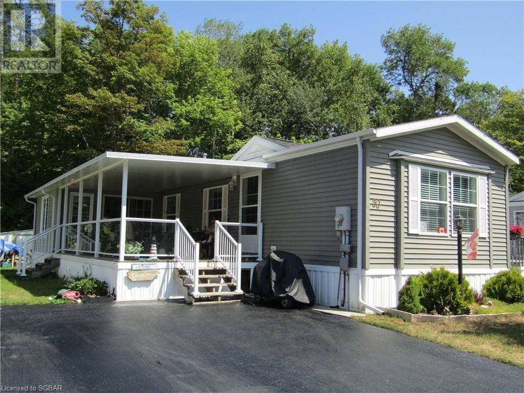 Residential property for sale at 90 Georgian Glen Dr Wasaga Beach Ontario - MLS: 214479