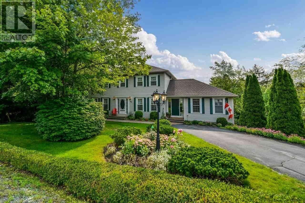House for sale at 90 Kingswood Dr Hammonds Plains Nova Scotia - MLS: 202019230