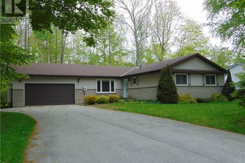 House for sale at 90 Mapleport Cres Sauble Beach Ontario - MLS: 180542