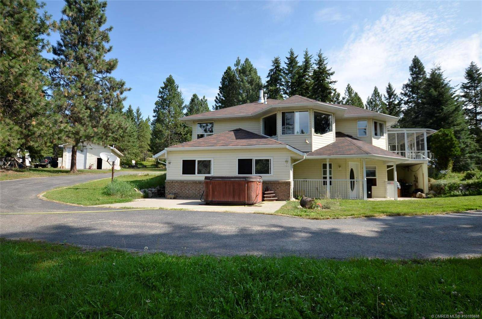 House for sale at 90 Mcinnes Rd Lumby British Columbia - MLS: 10189488