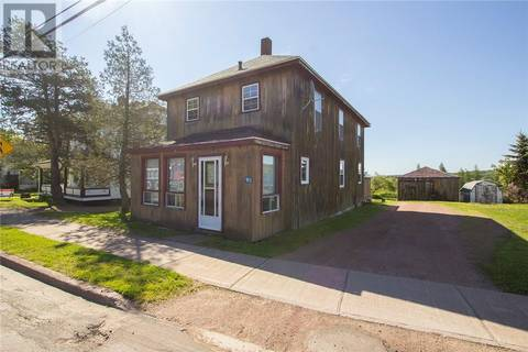 House for sale at 90 Queens Rd Sackville New Brunswick - MLS: M118069