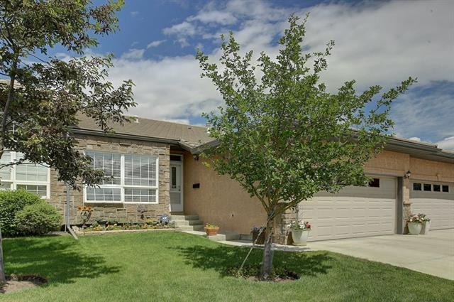 Sold: 90 Shannon Estates Terrace Southwest, Calgary, AB