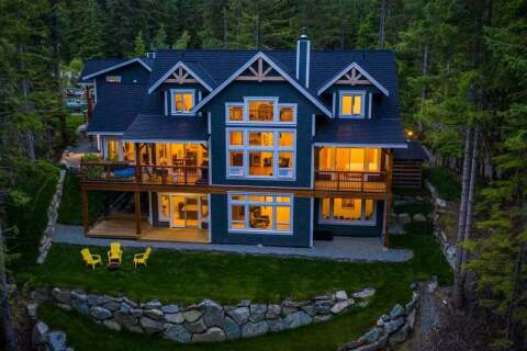 House for sale at 9001 Skiers Rest Ln Whistler British Columbia - MLS: R2494269