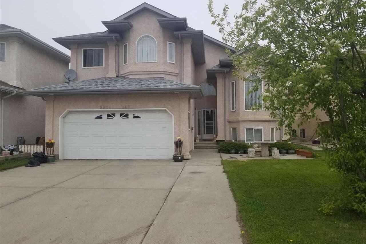 House for sale at 9004 160 Av NW Edmonton Alberta - MLS: E4199194