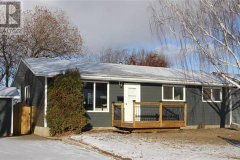 House for sale at 9005 Panton Ave North Battleford Saskatchewan - MLS: SK795410