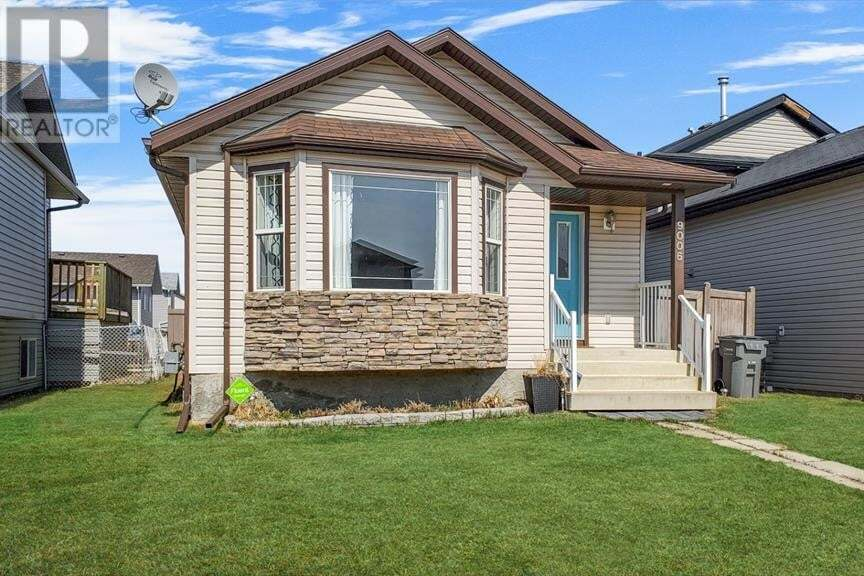 House for sale at 9006 96 Ave Grande Prairie Alberta - MLS: A1001259