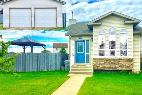 House for sale at 9009 95 Ave Grande Prairie Alberta - MLS: A1035044