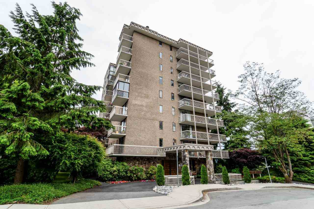 Sold: 901 - 1390 Duchess Avenue, West Vancouver, BC