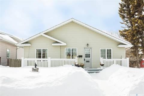 House for sale at 901 1st St E Prince Albert Saskatchewan - MLS: SK803151