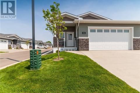 Townhouse for sale at 350 Somerside Rd Se Unit 901 Medicine Hat Alberta - MLS: mh0158908