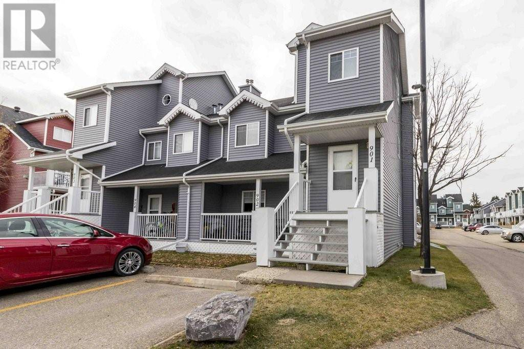 Townhouse for sale at 5220 50a Ave Unit 901 Sylvan Lake Alberta - MLS: ca0191024