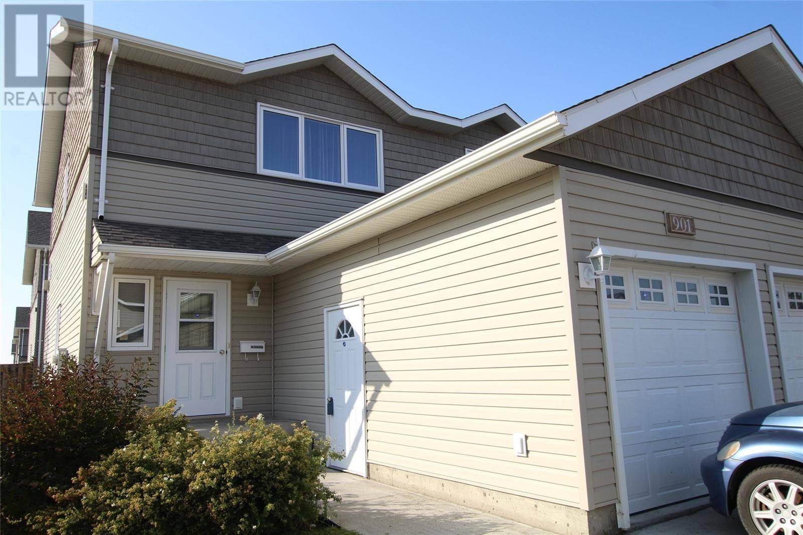 Townhouse for sale at 715 Hart Rd Unit 901 Saskatoon Saskatchewan - MLS: SK788551