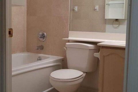 Apartment for rent at 887 Bay St Unit 901 Toronto Ontario - MLS: C5000006