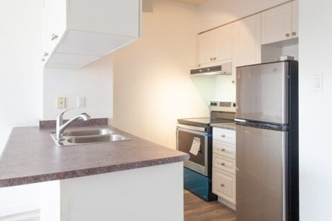 Apartment for rent at 889 Bay St Unit 901 Toronto Ontario - MLS: C5003135