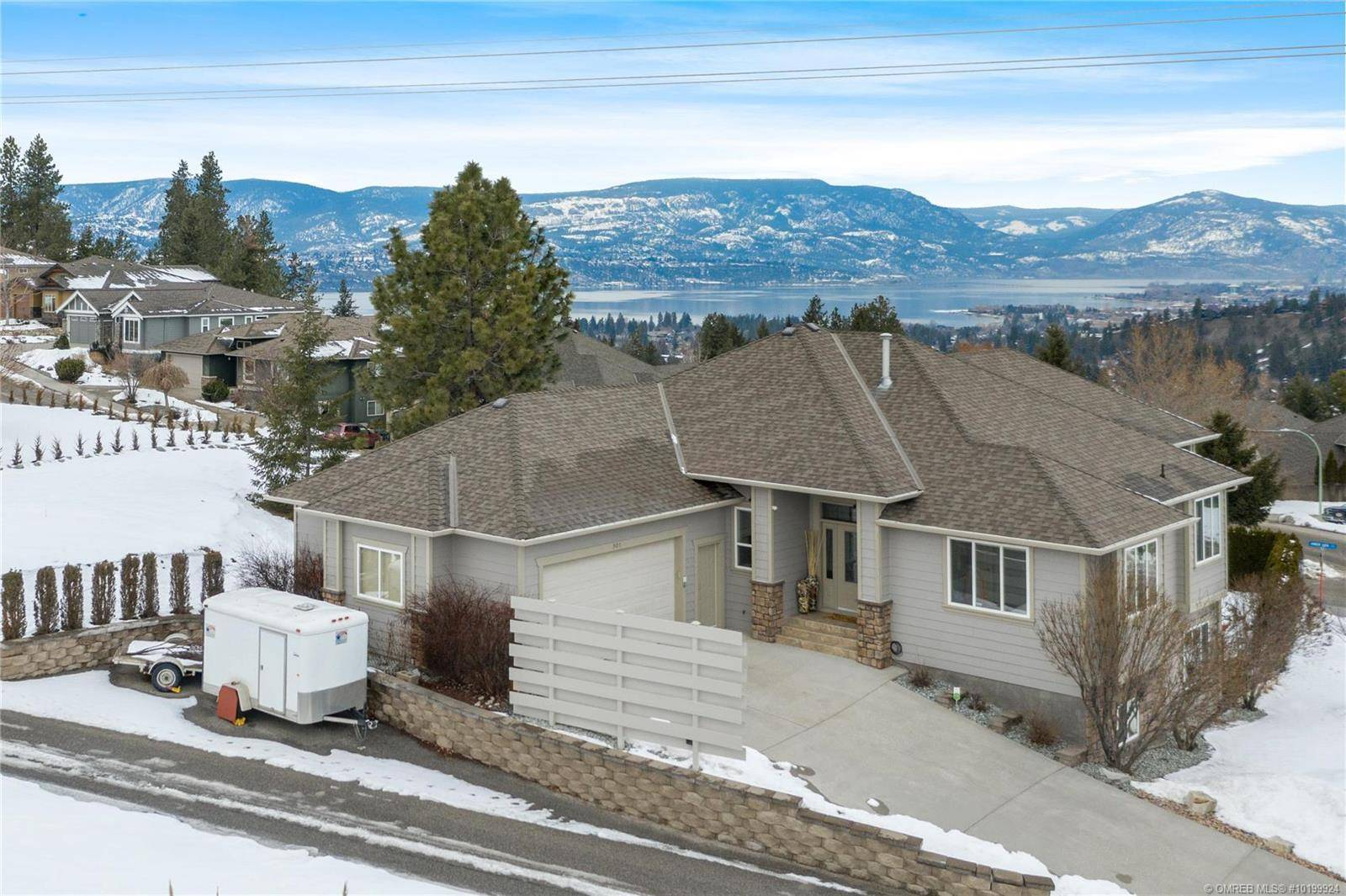 House for sale at 901 Steele Rd Kelowna British Columbia - MLS: 10199924