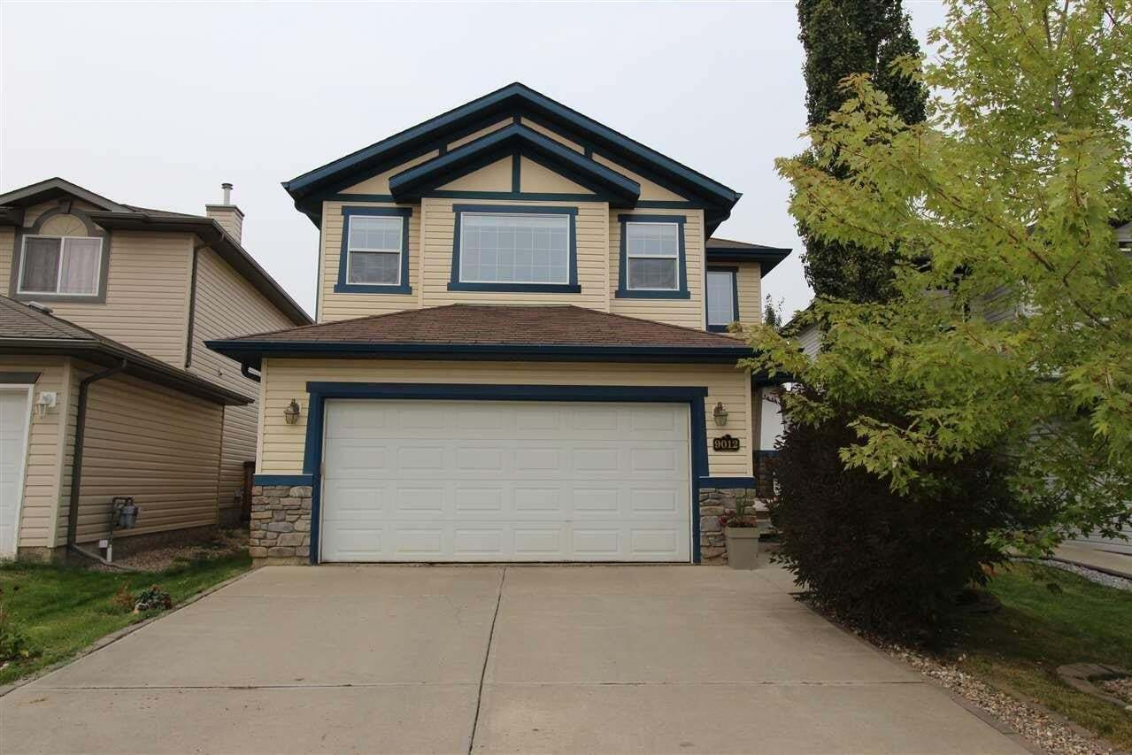 House for sale at 9012 210 St NW Edmonton Alberta - MLS: E4214985