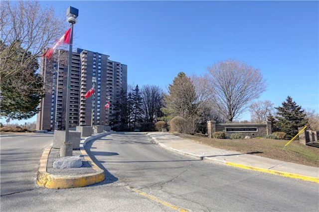 Sold: 902 - 1515 Lakeshore Road, Mississauga, ON