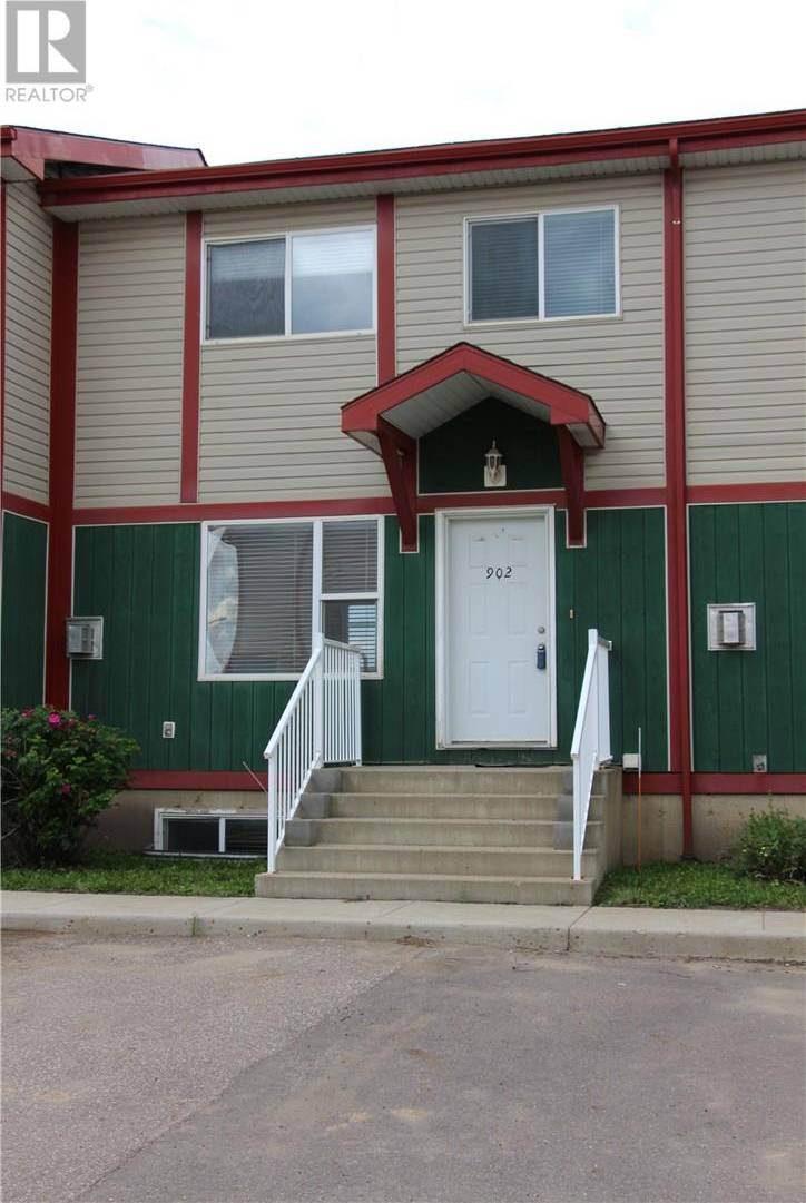 Townhouse for sale at 201 Arabian Dr Unit 902 Fort Mcmurray Alberta - MLS: fm0182680