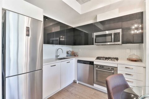Condo for sale at 39 Brant St Unit 902 Toronto Ontario - MLS: C4999026