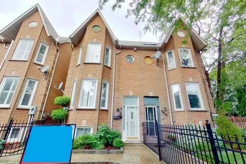 Townhouse for sale at 902 Adelaide St Toronto Ontario - MLS: C4761604