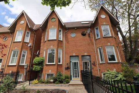 Townhouse for sale at 902 Adelaide St Toronto Ontario - MLS: C4486609