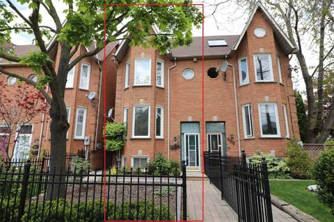 Townhouse for sale at 902 Adelaide St Toronto Ontario - MLS: C4617639