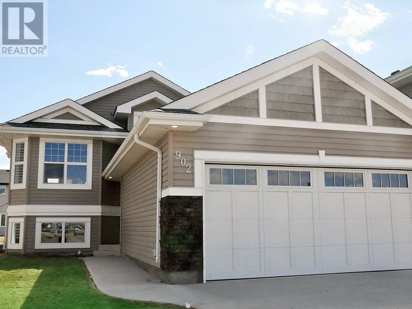 House for sale at 902 Childers Ct Saskatoon Saskatchewan - MLS: SK783115