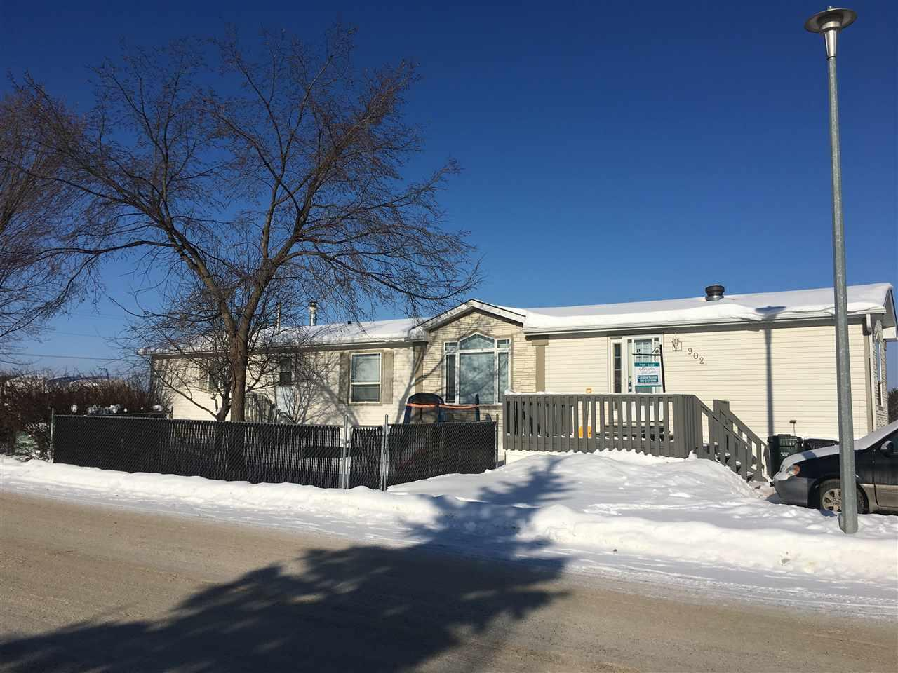 For Sale: 902 Jubilee Close, Sherwood Park, AB   3 Bed, 2 Bath Home for $140,000. See 28 photos!