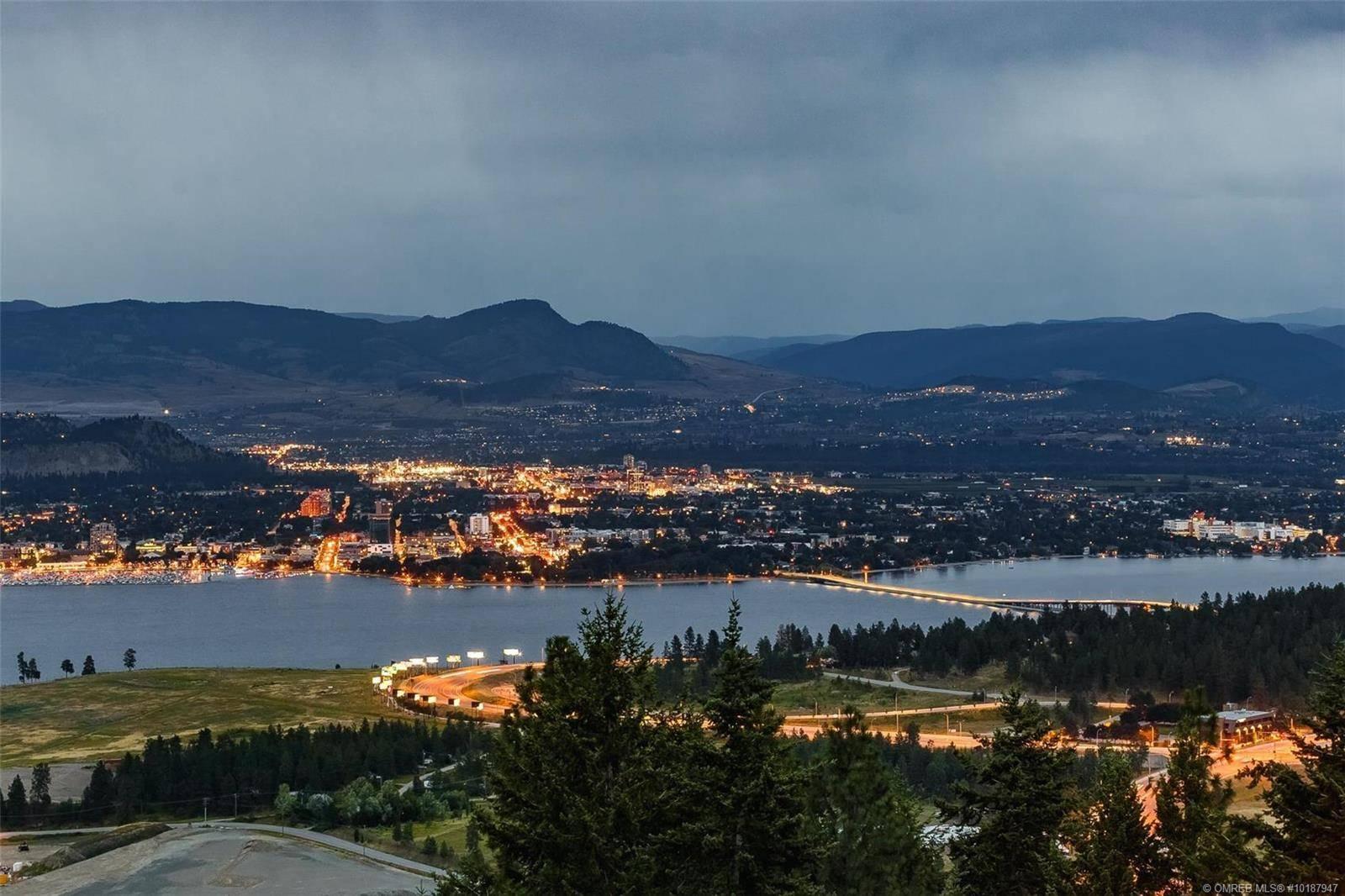 Residential property for sale at 902 Lloyd Jones Dr West Kelowna British Columbia - MLS: 10187947