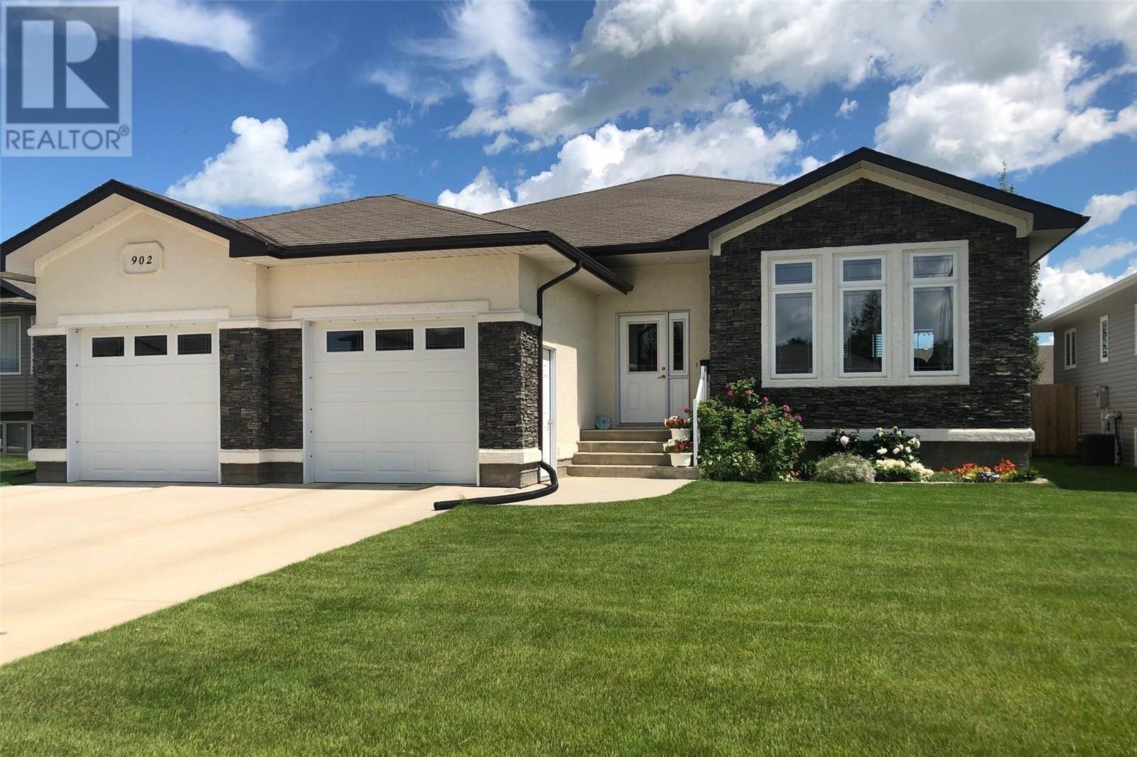 House for sale at 902 Water Ridge Ln Humboldt Saskatchewan - MLS: SK834006