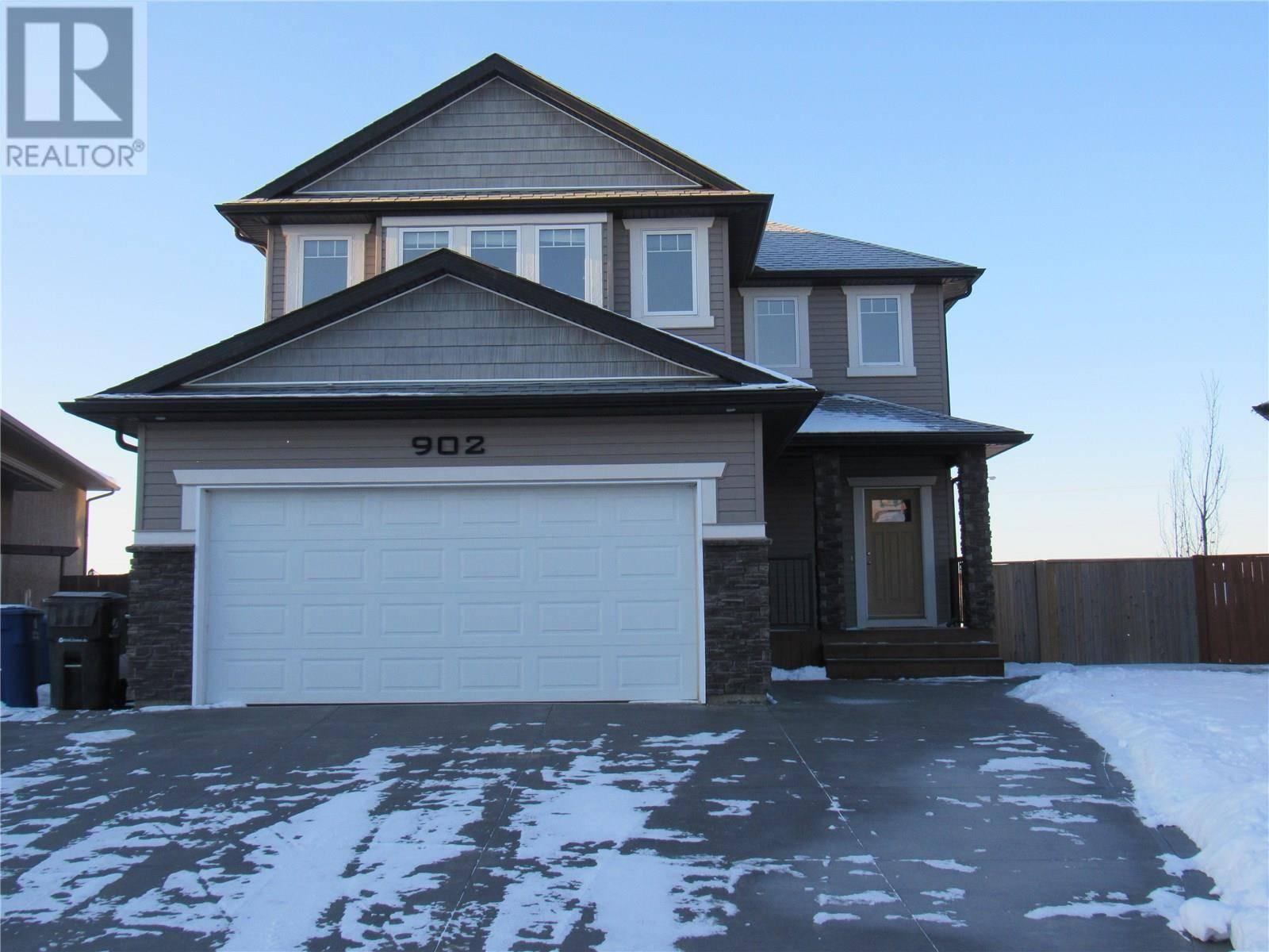 House for sale at 902 Wilkins Ct Saskatoon Saskatchewan - MLS: SK790922