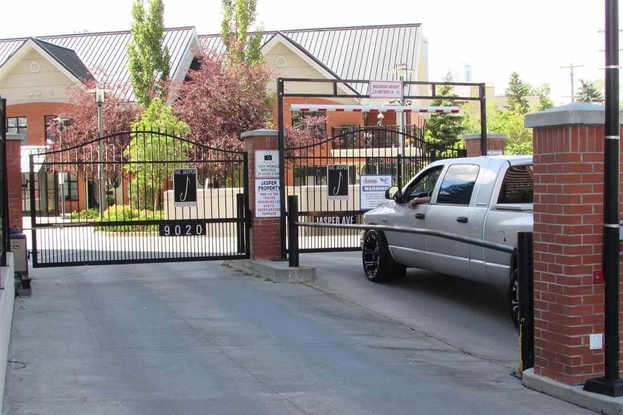 9020 Jasper Avenue NW, Edmonton   Image 2