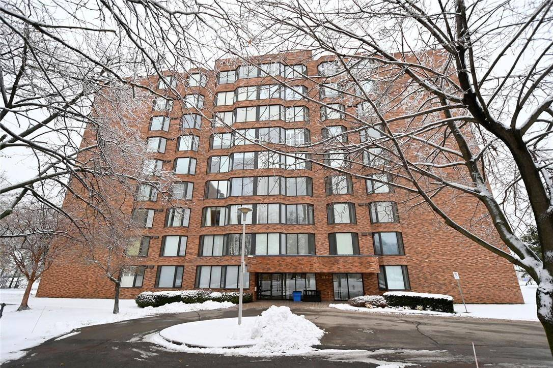 Condo for sale at 180 Limeridge Rd W Unit 903 Hamilton Ontario - MLS: H4068921