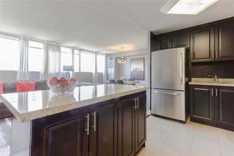 Condo for sale at 3700 Kaneff Cres Unit 903 Mississauga Ontario - MLS: W4816337